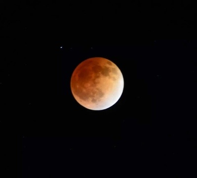 Red moon eclipse, April 2014.